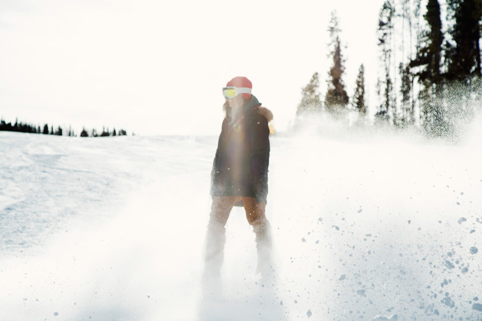 9-Burton-Womens-2014-Action_1