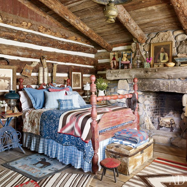 item17.rendition.slideshowVertical.ralph-lauren-15-ranch-guest-cabin-bedroom