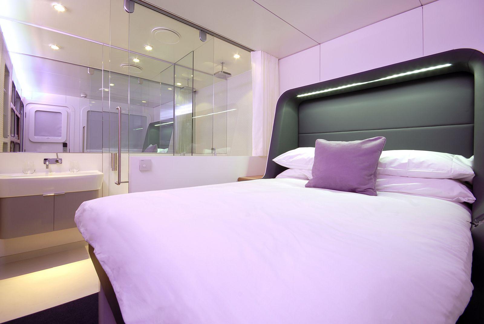 Premium cabin bed deployed(YT5)